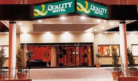 Outside the Quality Heathrow