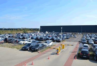 Airparks BER P2 Parkplatz