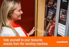 easyHotel Vending machine