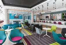ABZ Holiday Inn Express