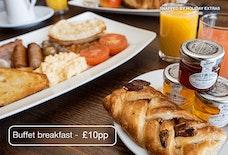 MAN Clayton buffet breakfast