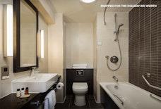 LGW Holiday Inn Worth Gallery 10