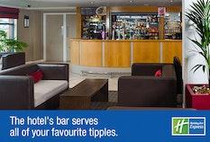 LTN Holiday Inn Express 5