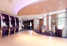lgw premier inn manor royal
