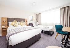 LGW Holiday inn images